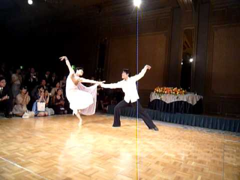 結婚式_新郎新婦ダンス(ルンバ)
