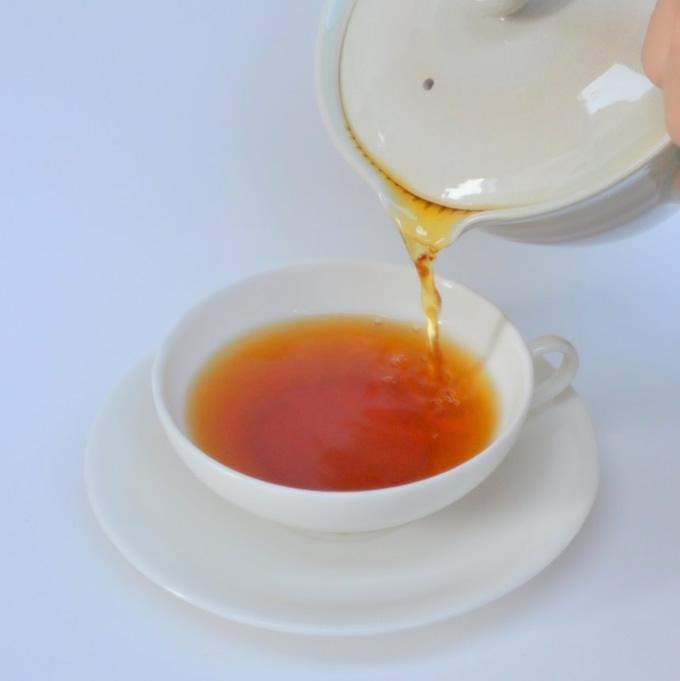【人気商品】2杯用・茶漉しのいらない紅茶器