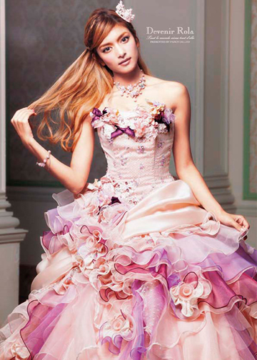 ローラウエディングドレス画像1