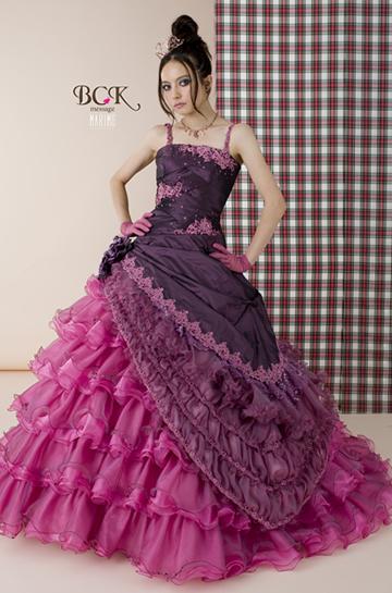 ベッキーウエディングドレス画像5