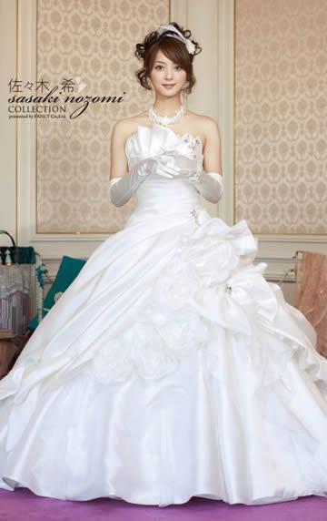 佐々木希ウエディングドレス画像1