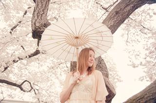 桜を使った海外ウエディングフォト10