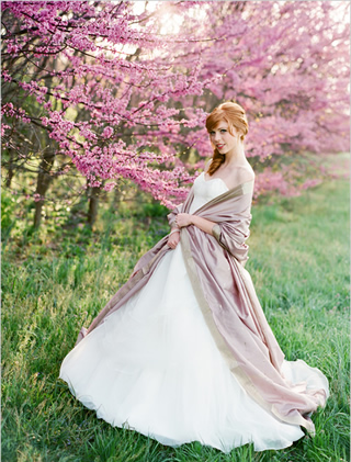 桜を使った海外ウエディングフォト11