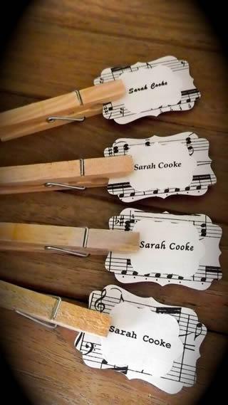 ヴァイオリン(ギター?)の席札