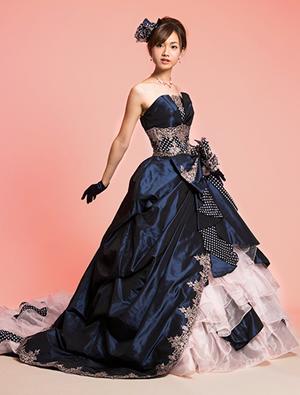 ブルーのウエディングドレス43