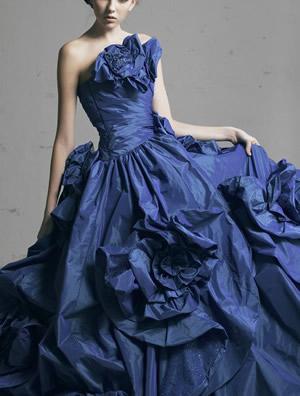 ブルーのウエディングドレス61