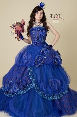 ブルーのウエディングドレス72