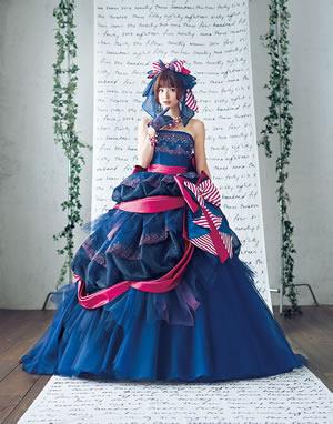 ブルーのウエディングドレス76